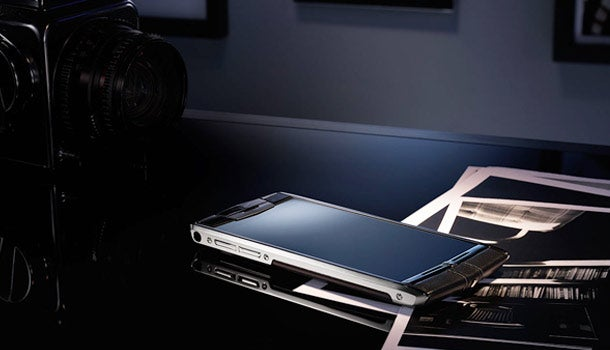 Bling bling: New smartphone, yours for $10,000