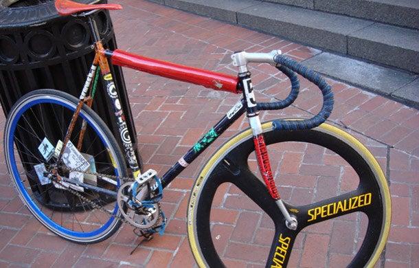 Freelance bike delivery guy makes $50,000 a year - bike