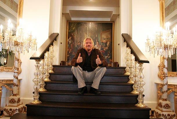 richards-branson-on-stairs