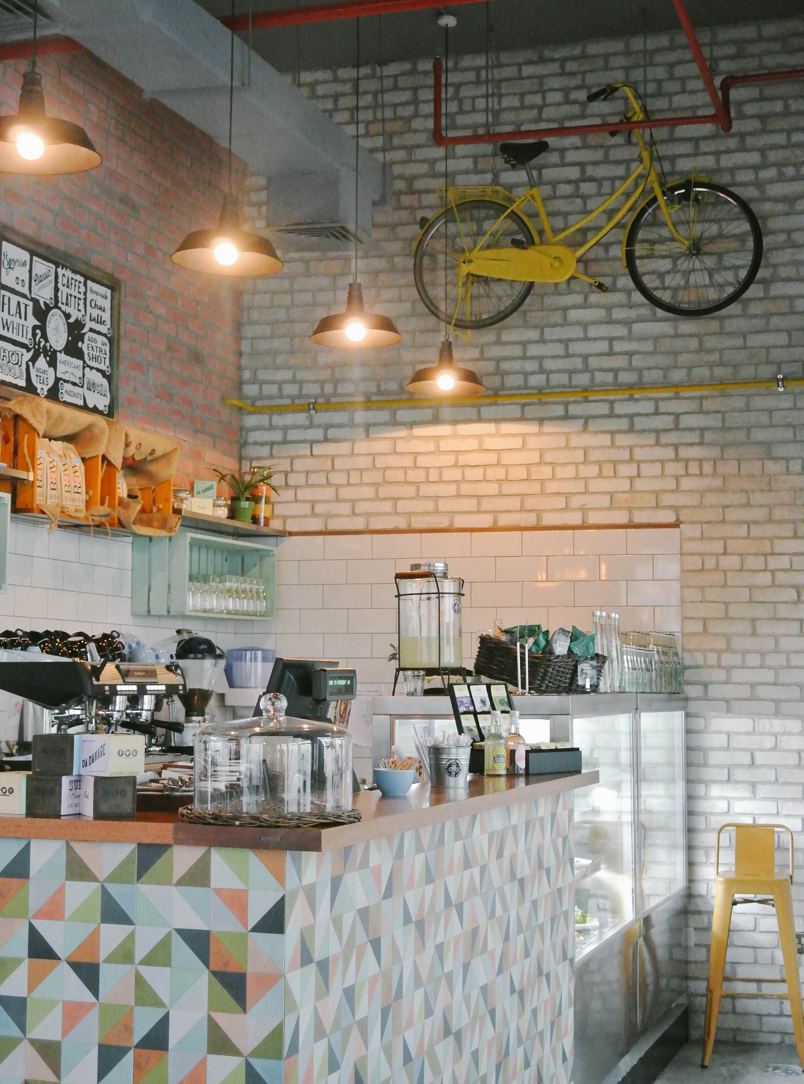19 cafe interior design inspiration trends of 2017 nytexas - Cafe Interior Design Ideas