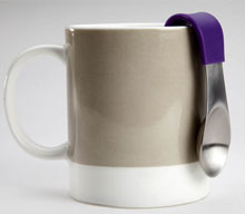 MugStir: The spoon that hangs with you