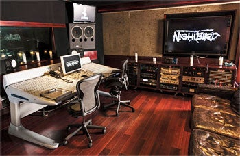 Rock 'n' roll and R&R: on-site recording studio NightBird