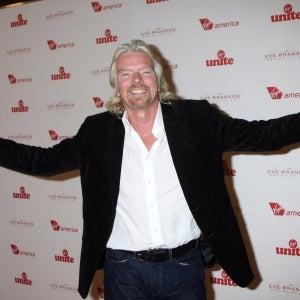 4 Ways Richard Branson Does Social Media Better Than You