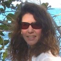 Elaine Glusac