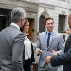 How to Build a Positive Relationship With Your Boss and Colleagues