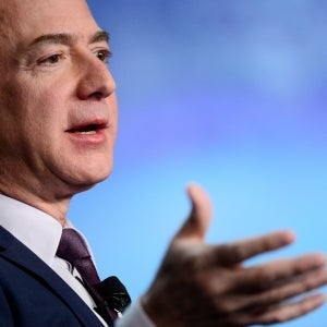 How to Make Decisions Like Jeff Bezos