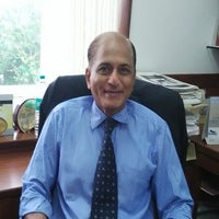 Dr Vernon P. Desa