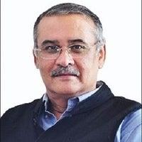 Dr. Tarun Pasricha