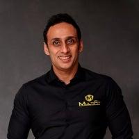 Dr. Samir Kapoor