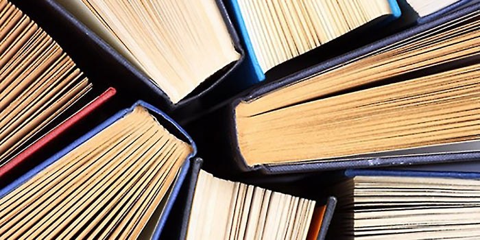 The Top 10 Books Every Leader Must Read
