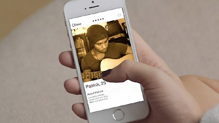 Tinder to Roll Out Verification Feature for Love-Hungry Celebrities
