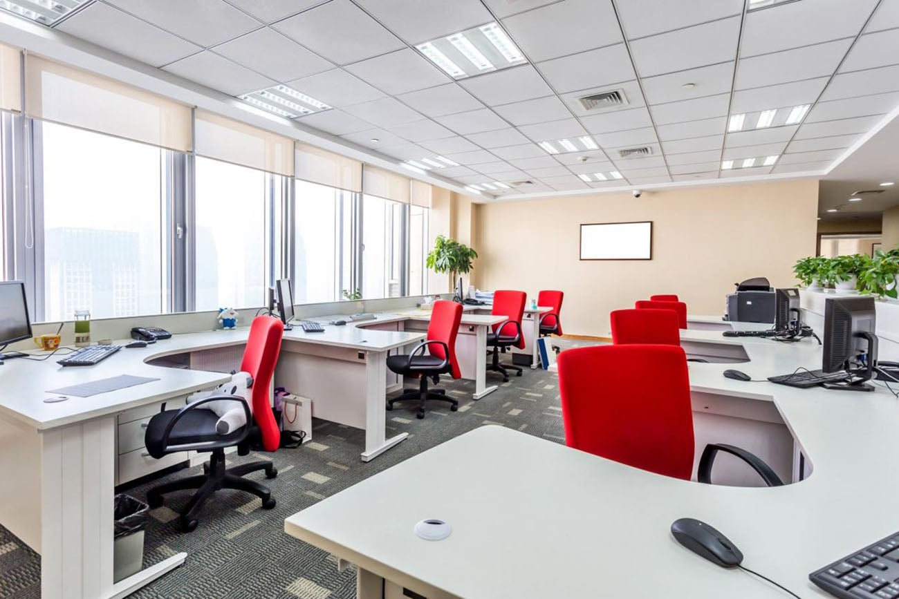 Aiming to improve your office space consider this before for Redesign office space