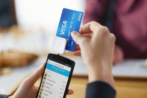 Square Rolls Out New Reader for Chip-Based Credit Cards