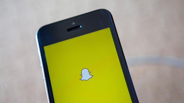 Snapchat Partners With Square for Payment Service