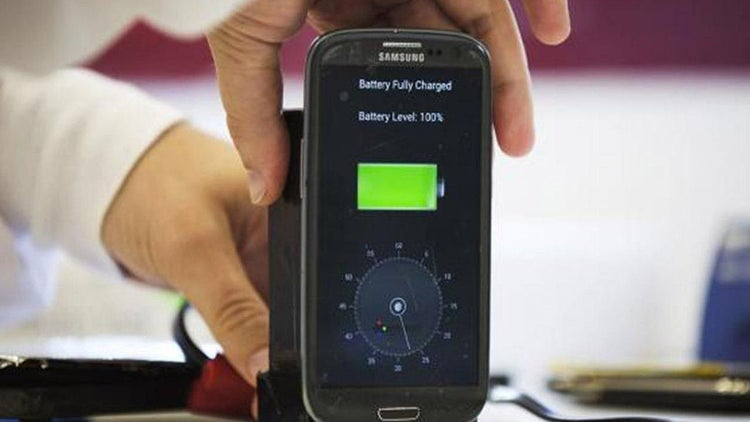 Recharge Your Phone in 30 Seconds? This Startup Says It Can.