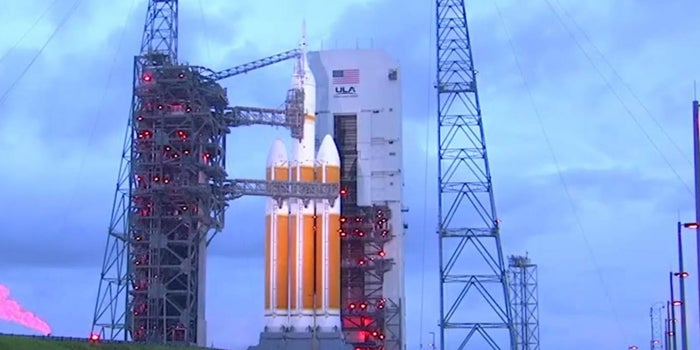 NASA Takes a Step Toward Mars With Test Launch
