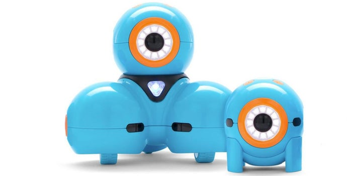 Meet Dash and Dot, Robot Toys That Teach Kids How to Code