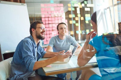 6 Must-Do Steps to Ensure New Employees Start on the Right Foot