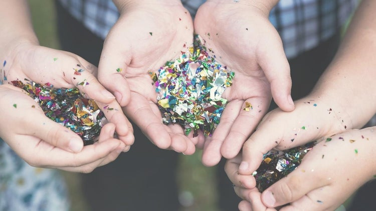 The 22-Year-Old Behind ShipYourEnemiesGlitter Sells the Site for $85,000