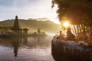 Move to Bali to Boost Productivity? Your Weekly Tips Roundup.