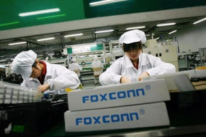 Apple Supplier Foxconn to Shrink Workforce