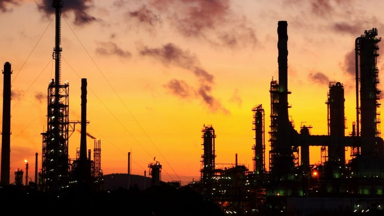 Plunging Oil Prices Spark Global Response