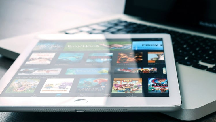 As Online Video Explodes, a Look at 5 of the Industry's Biggest Trends (Infographic)