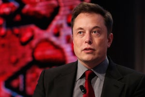 Elon Musk Is Not Impressed With Apple