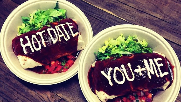 6 restaurant chains celebrating valentines day with sweet deals