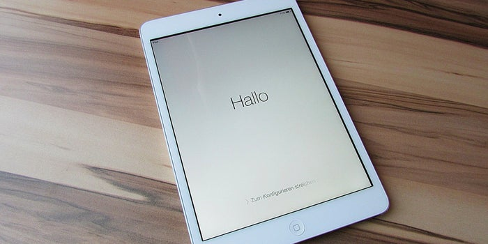 Apple Said to Delay Larger iPad Production Till September