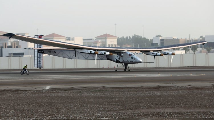 Solar-Powered Plane Completes First Leg of Journey Around the Globe