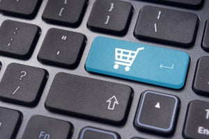 The Race To Annihilate COD: MENA E-Commerce Overview