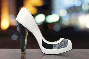 These High-Tech High Heels Change Color With the Click of an App