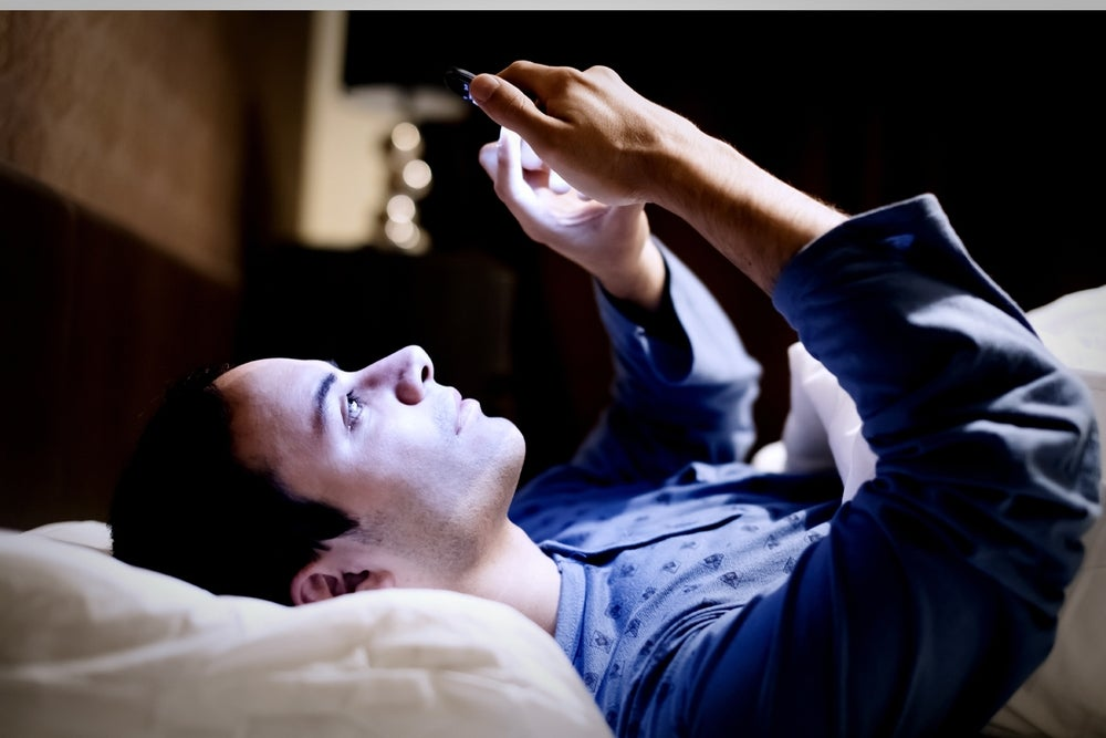 Using your phone, tablet or computer in bed