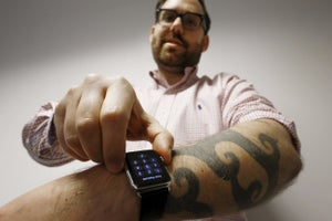 8 Apple Watch Apps That Help You Run Your Business