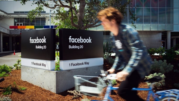 Facebook (Barely) Updates Its Logo for the First Time in 10 Years