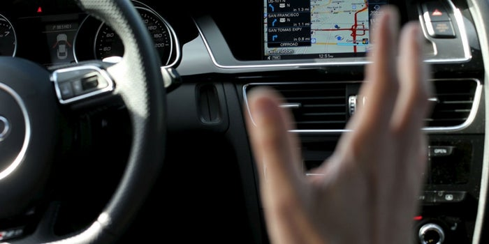 Car Dashboards That Act Like Smartphones Could Raise Safety Concerns