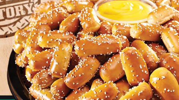 This Franchisee Has Long Been in the Telemarketing Biz, But His Heart 'Called Out' for Pretzels