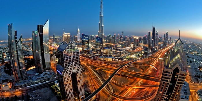 The Pros And Cons Of Setting Up An Enterprise In A UAE Free Zone
