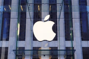 Apple Loses Status as World's Most Valuable Company, for Now, as iPhone Worries Fester