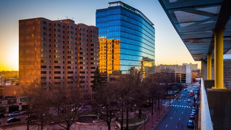 The Pros and Cons of Incorporating in Delaware