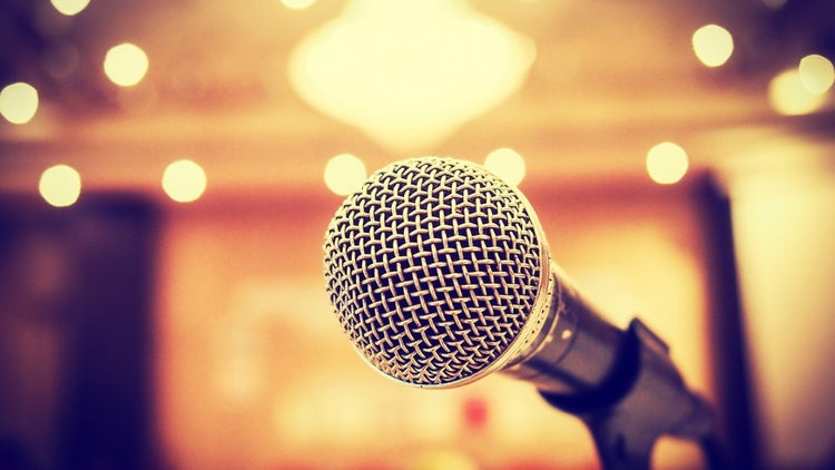 9 Steps to Help You Conquer Your Fear of Public Speaking (Infographic)