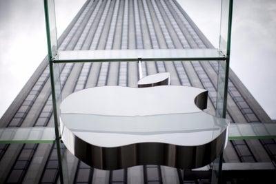 German Watchdog Probes Apple-Amazon Audiobook Arrangement