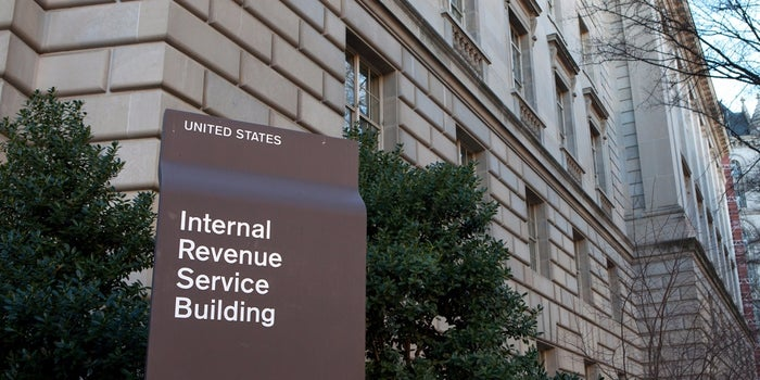 IRS Expects Minimal Delays to Tax Refunds After Server Crash