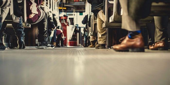6 Reasons Entrepreneurs Succeed Sooner Taking the Bus