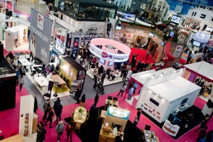 6 Ways Disengaged Trade Show Staff Let Opportunity Pass You By