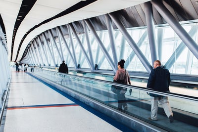 Business Travelers: Don't Be Lured by the Siren Song of Free Wi-Fi