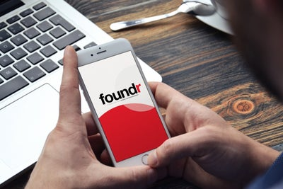 Should You Offer Premium Content, or No? The Publisher of 'Foundr' Wei...