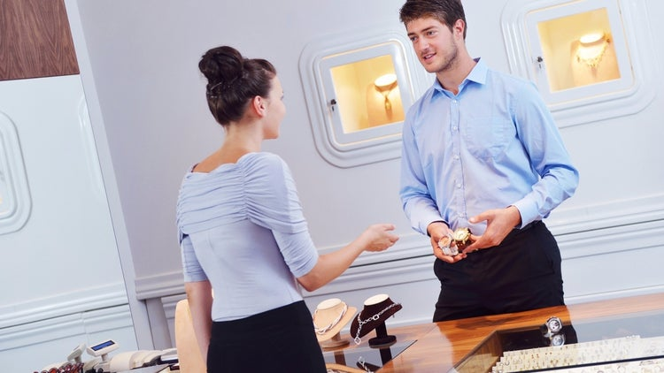 How to Know When You're Hiring the Right Salesperson
