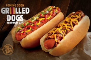 Burger King Rivals Spark Hot Dog War on Twitter